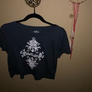 Cropped Hollister top in navy blue